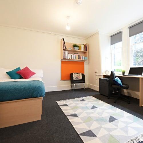 Large En-Suite Room