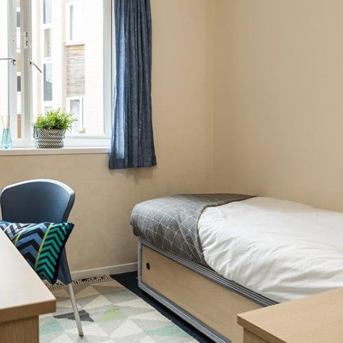 Standard En-Suite